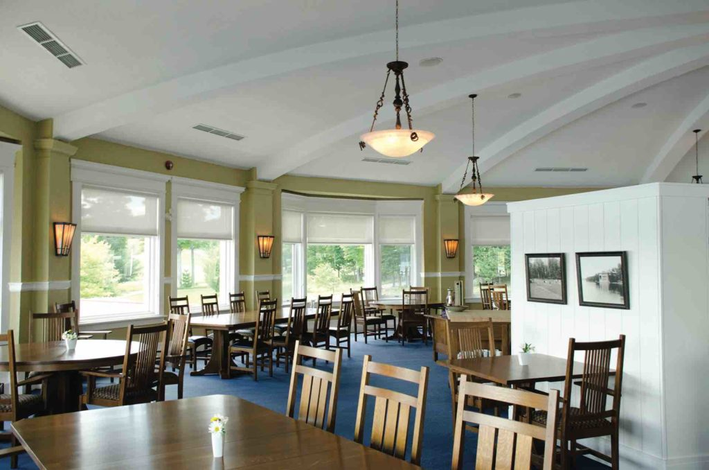 The interior of the dining room at Bigwin Island