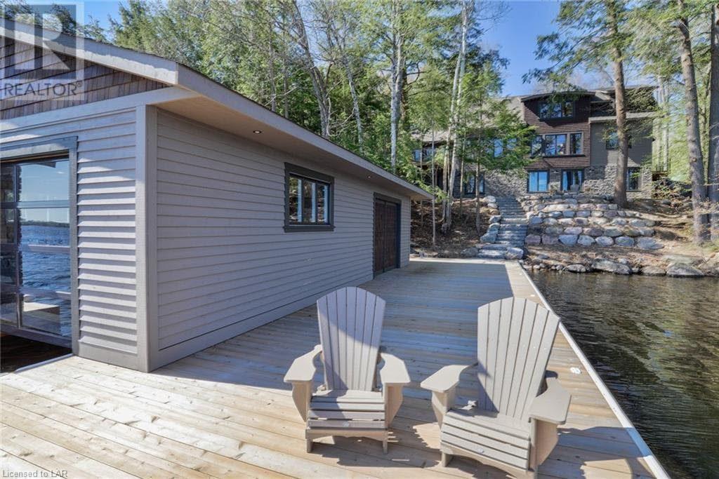 Custom Built Muskoka Lakes Cottage Ready to Move In