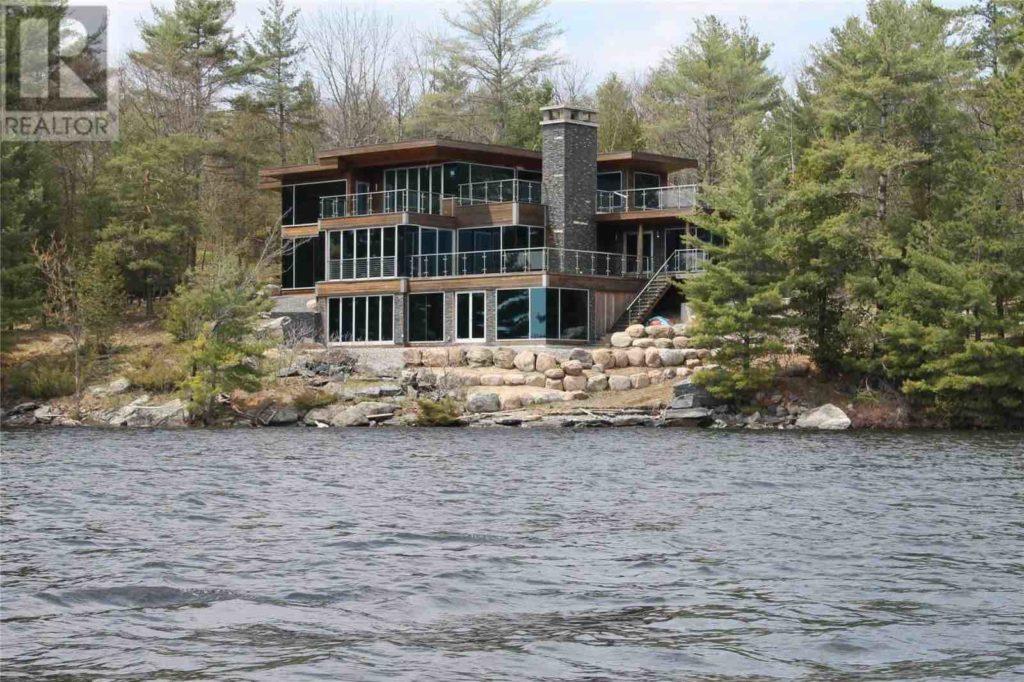 Island Life — Luxury Living on Lake Muskoka